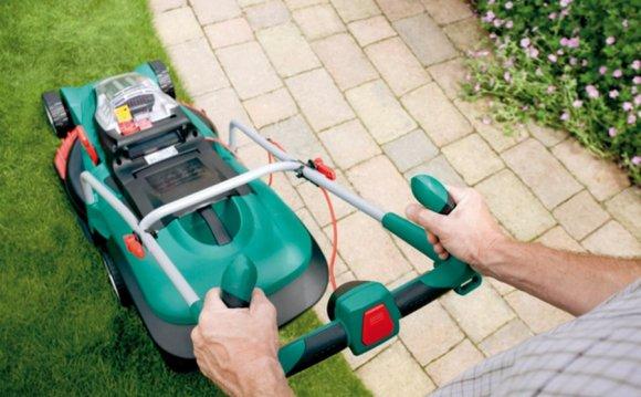 Электрические и аккумуляторные газонокосилки