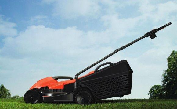 Газонокосилка электрическая BLACK+DECKER EMAX32 - купить в Украине